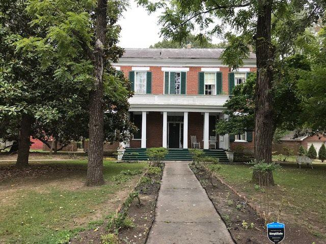 418 N Main St, Bolivar, TN 38008 (#10038080) :: The Wallace Group - RE/MAX On Point