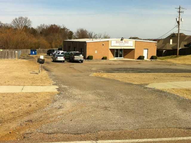7440 E Holmes Rd, Memphis, TN 38125 (#10040230) :: ReMax Experts