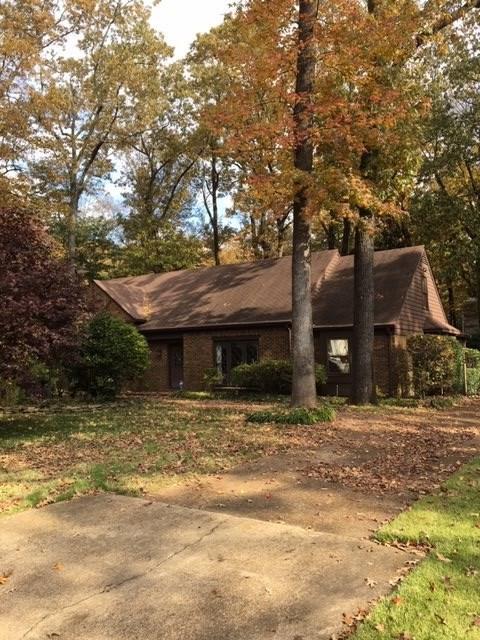 2374 Holly Grove Dr, Memphis, TN 38119 (#10041126) :: The Melissa Thompson Team
