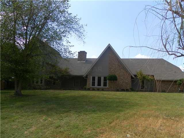 5455 Riverdale Rd, Unincorporated, TN 38141 (#10043505) :: The Melissa Thompson Team