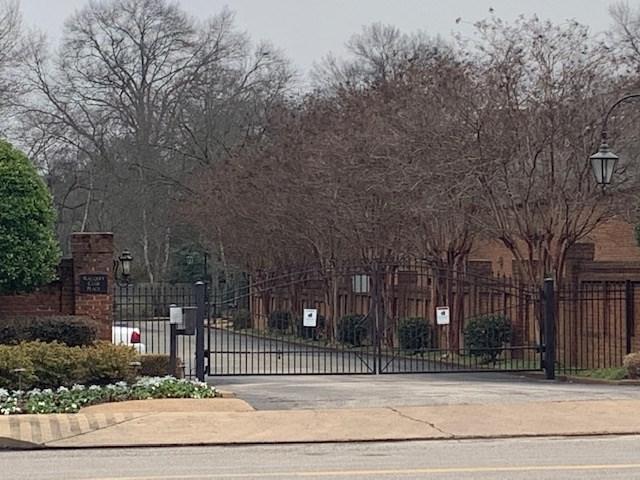 5161 N Racquet Club Pl #5161, Memphis, TN 38117 (#10044168) :: RE/MAX Real Estate Experts