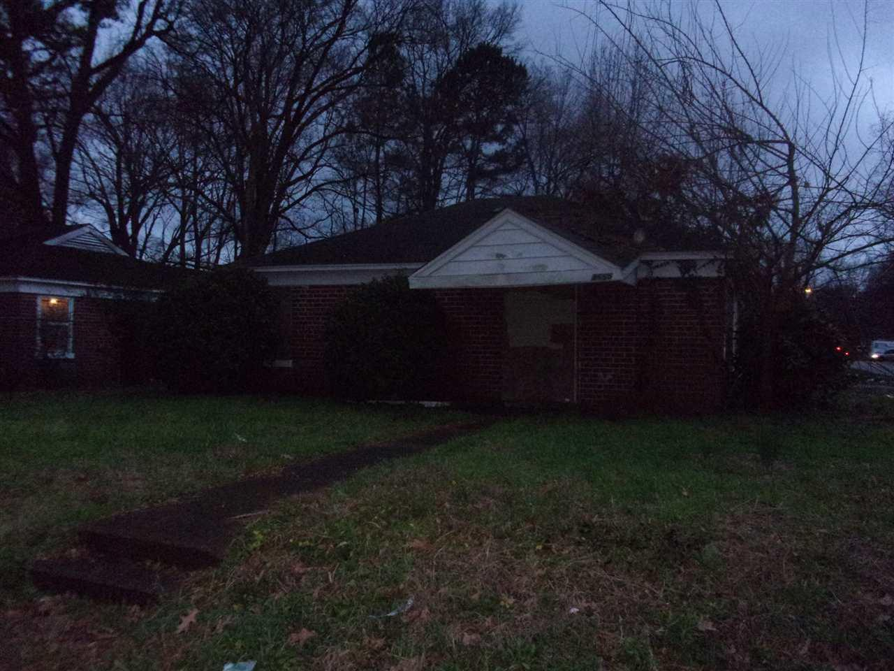 3665 Townes Ave - Photo 1