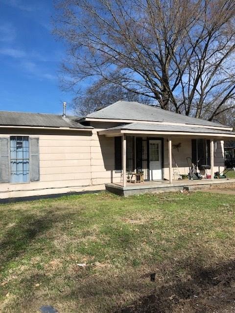 202 Rogers Ave, Covington, TN 38019 (#10045940) :: All Stars Realty