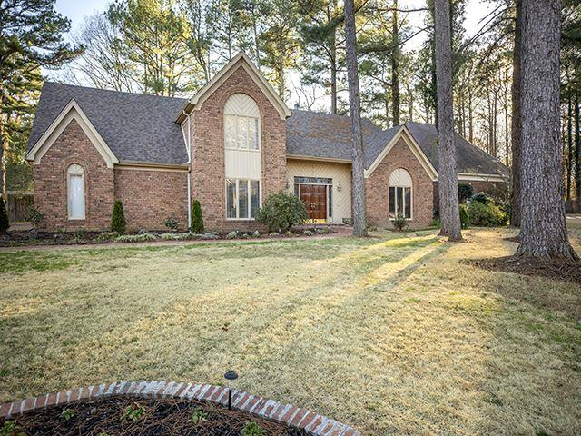 8501 Huntleigh Way, Germantown, TN 38138 (#10046935) :: The Wallace Group - RE/MAX On Point