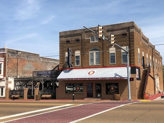 390-390B Main St, Savannah, TN 38372 (#10050109) :: J Hunter Realty