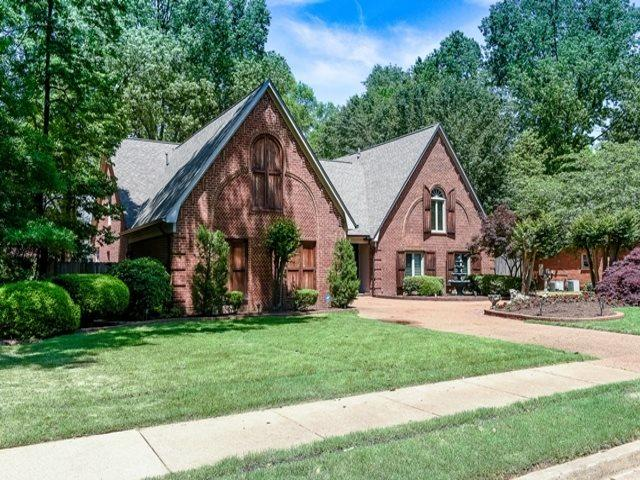 8442 Beaverwood Dr, Germantown, TN 38138 (#10052274) :: The Wallace Group - RE/MAX On Point