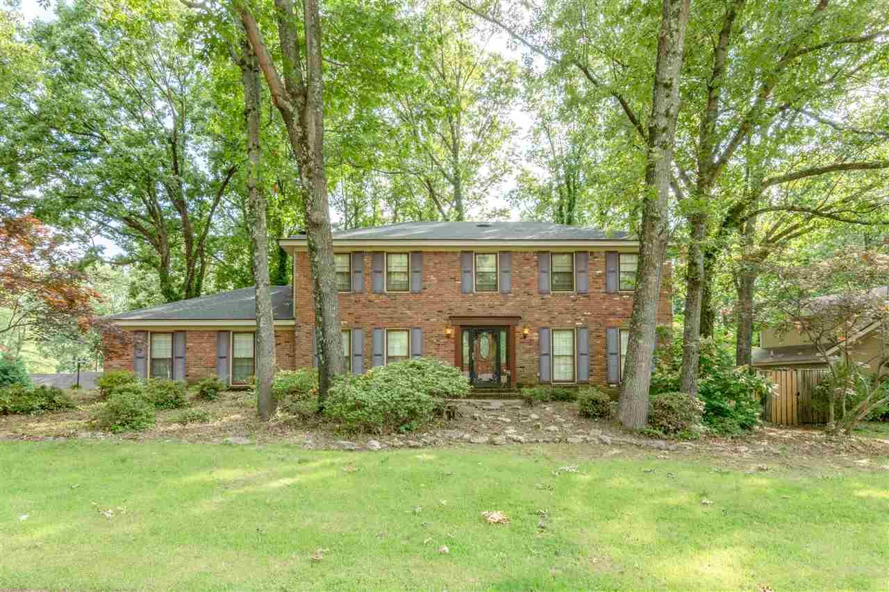 8285 Chippingham Dr - Photo 1