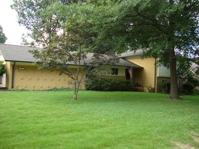 5710 Sycamore Grove Ln, Memphis, TN 38120 (#10056952) :: The Wallace Group - RE/MAX On Point