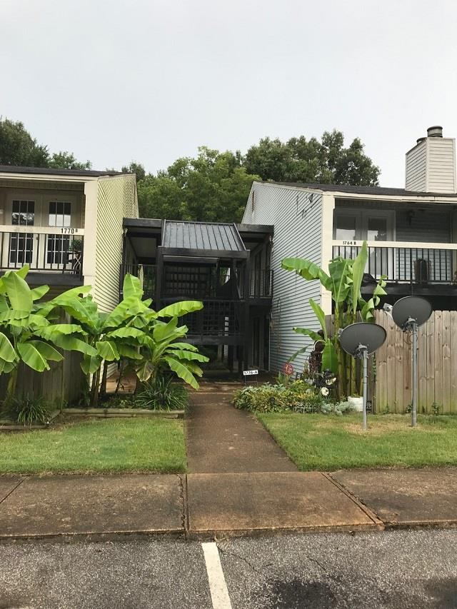 1766 Crompton 6Th A Sq #27, Memphis, TN 38134 (#10059437) :: The Wallace Group - RE/MAX On Point
