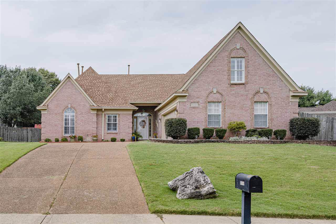 5051 Wolfchase Farms Pky - Photo 1