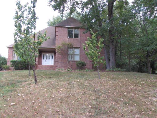 8664 Cedar Farms Dr, Memphis, TN 38016 (#10061791) :: The Melissa Thompson Team
