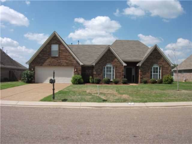 35 Mulberry Cv, Oakland, TN 38060 (#10064140) :: The Wallace Group - RE/MAX On Point