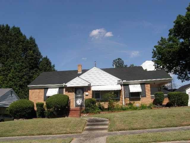1048 W Shankman Cir, Memphis, TN 38108 (#10065314) :: All Stars Realty