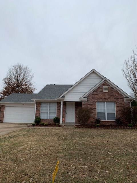 130 Pine Wood Dr, Oakland, TN 38060 (#10066900) :: The Wallace Group - RE/MAX On Point