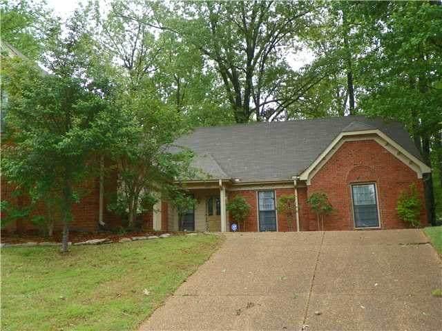 1950 Concord Green Cv, Memphis, TN 38016 (#10071085) :: Bryan Realty Group