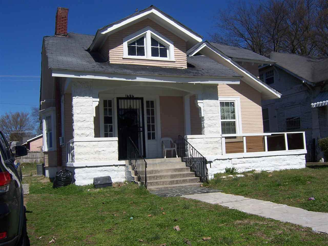 1686 Foster Ave - Photo 1