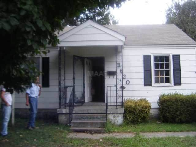 3620 Townes Ave - Photo 1