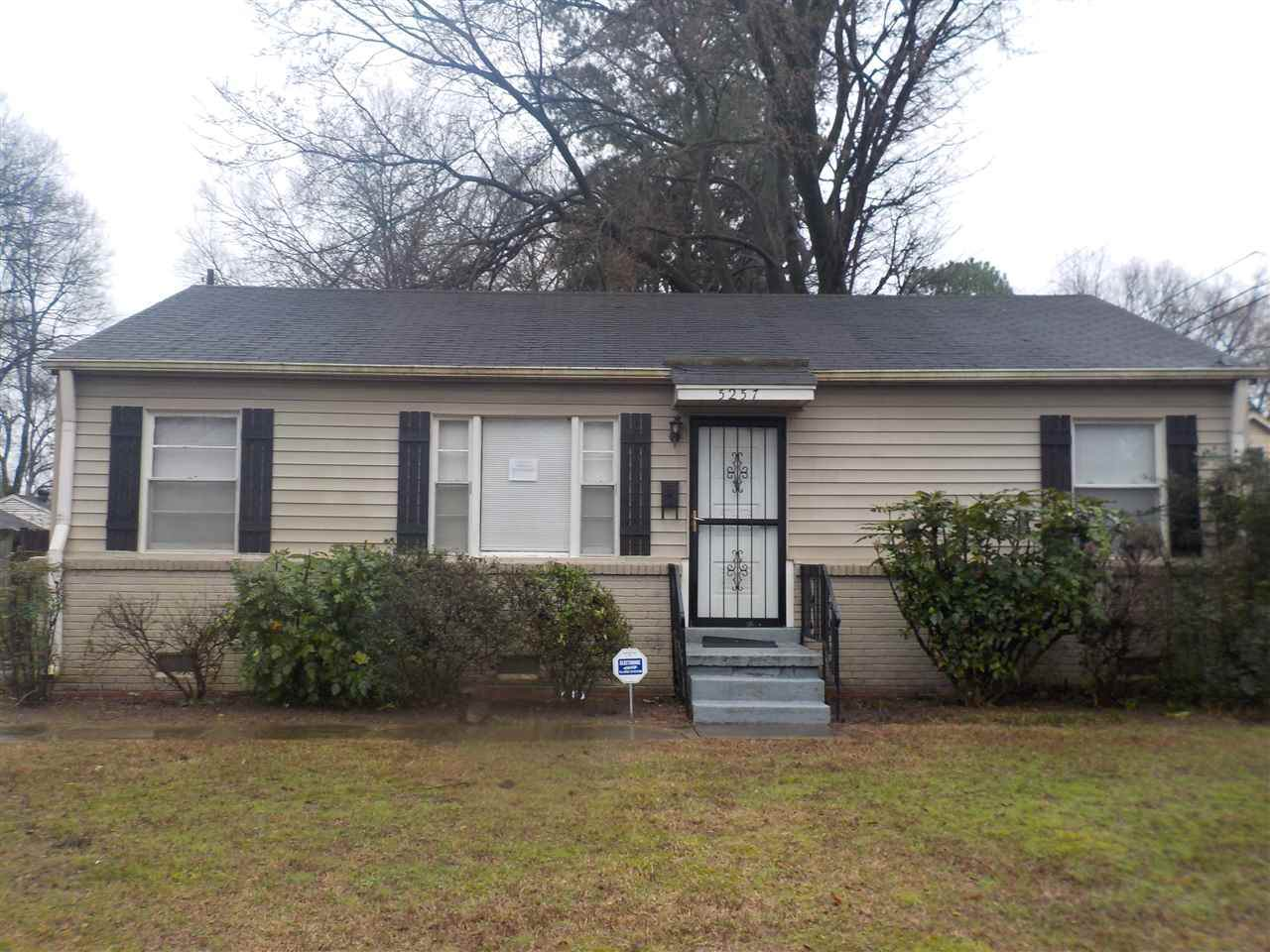 5257 Welchshire Ave - Photo 1