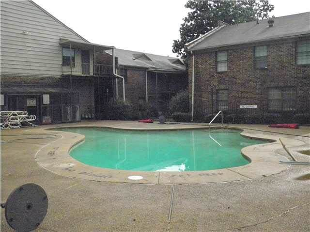 3224 S Mendenhall Rd 4B, Memphis, TN 38115 (#10073324) :: ReMax Experts