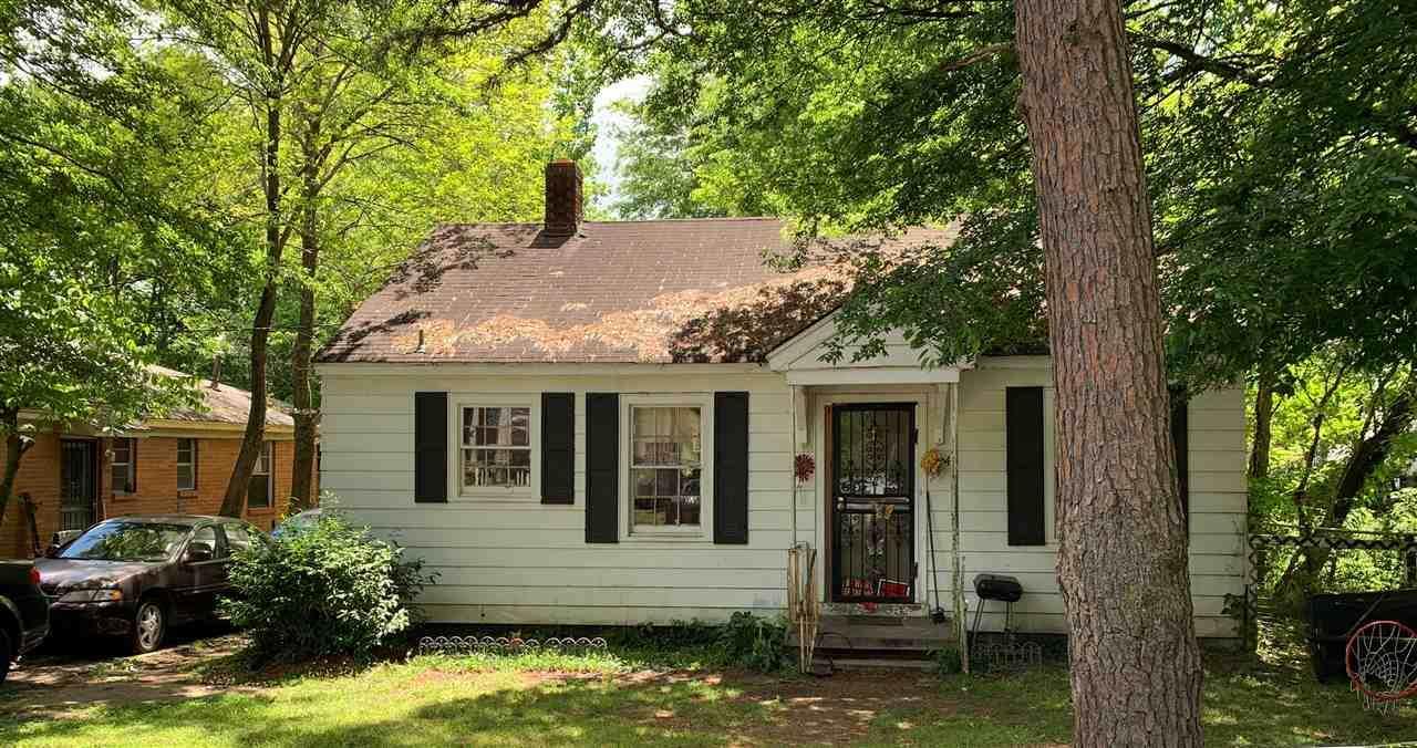 2645 Whitman Ave - Photo 1