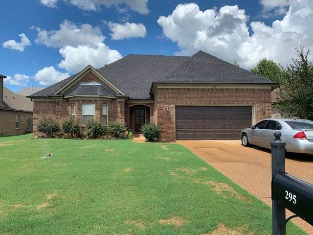 295 Whispering Meadows Dr, Oakland, TN 38060 (#10081512) :: Bryan Realty Group