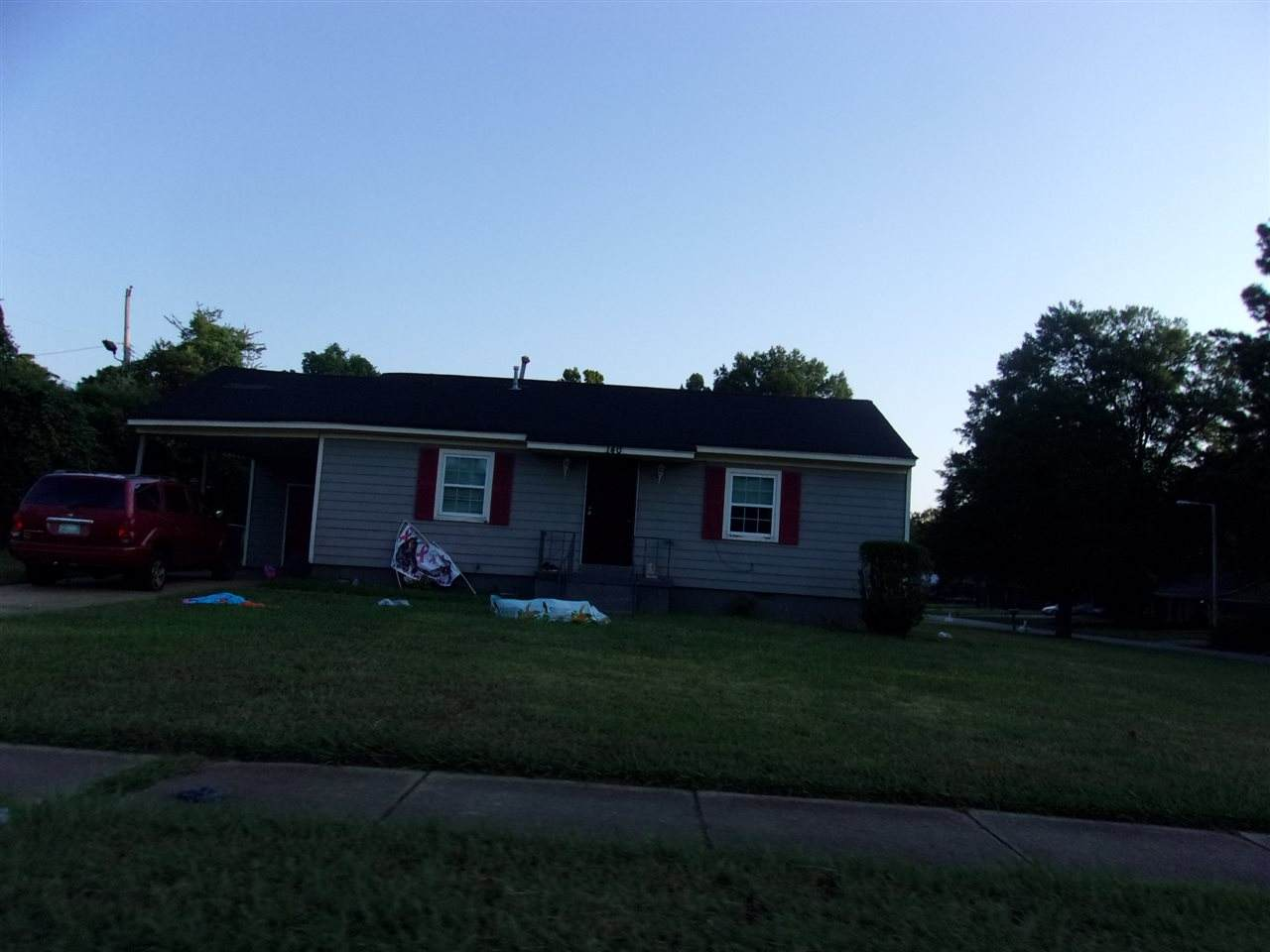140 Shelby Dr - Photo 1