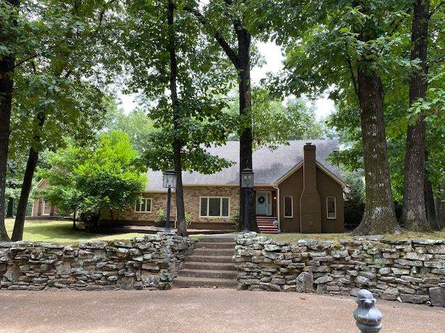 1930 Kirby Rd, Memphis, TN 38119 (#10082714) :: Bryan Realty Group
