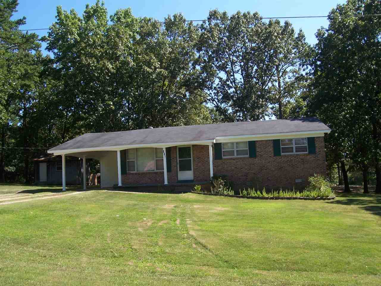 114 Parkway Dr - Photo 1