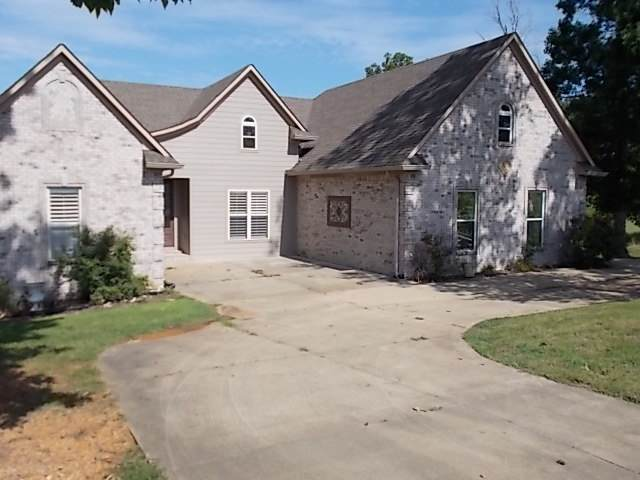 300 Rivers Edge Dr Dr S, Bath Springs, TN 38311 (#10083908) :: RE/MAX Real Estate Experts