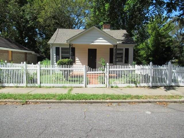 925 Speed St, Memphis, TN 38107 (#10085243) :: The Wallace Group - RE/MAX On Point