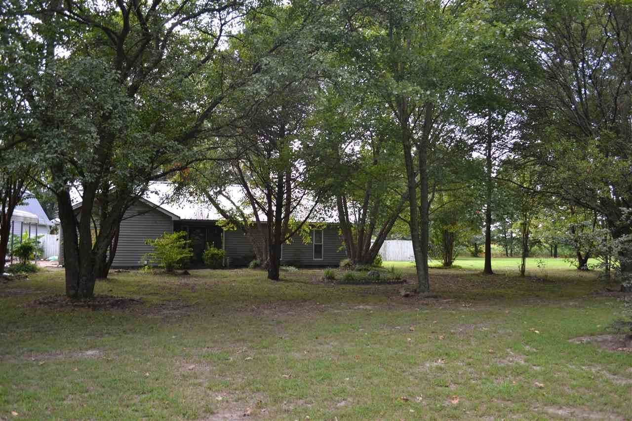 1105 Leighs Chapel Rd - Photo 1
