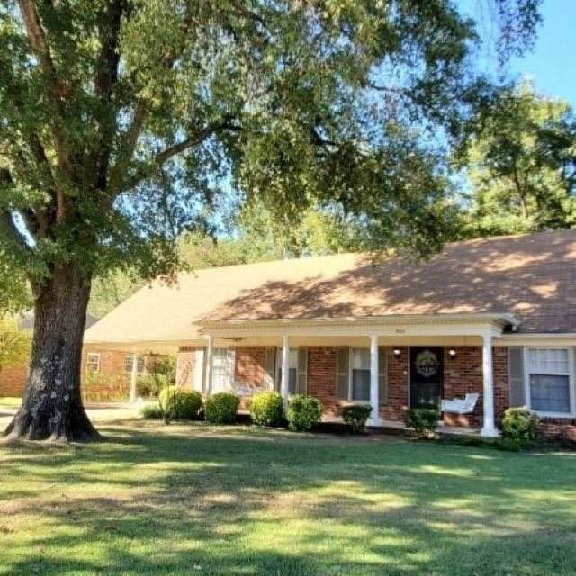 5588 Quince Rd, Memphis, TN 38119 (#10085989) :: The Wallace Group - RE/MAX On Point