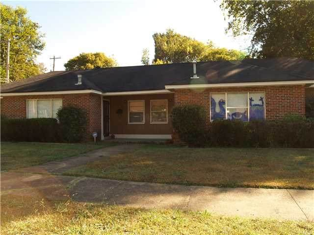 26 S Edgewood St, Memphis, TN 38104 (#10085994) :: Bryan Realty Group