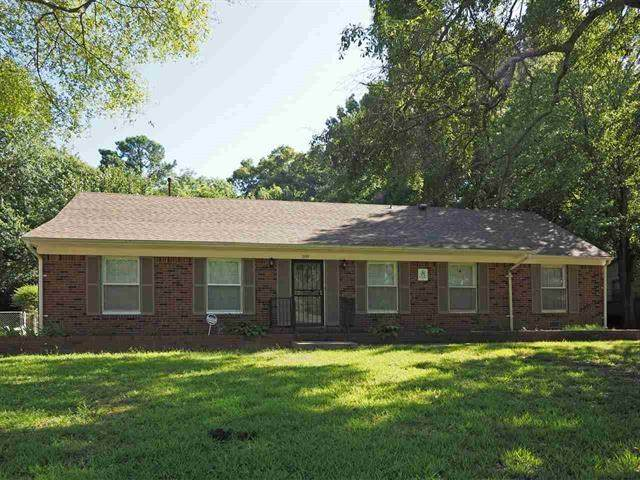 1555 Haywood Ave, Memphis, TN 38127 (MLS #10090368) :: Gowen Property Group | Keller Williams Realty