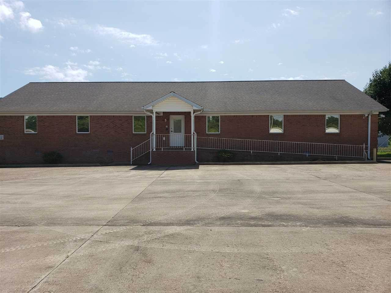 670 Industrial Dr - Photo 1