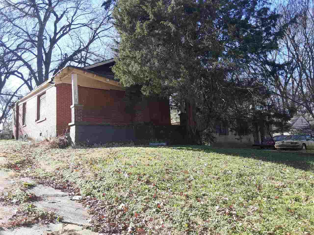 863 Person Ave - Photo 1