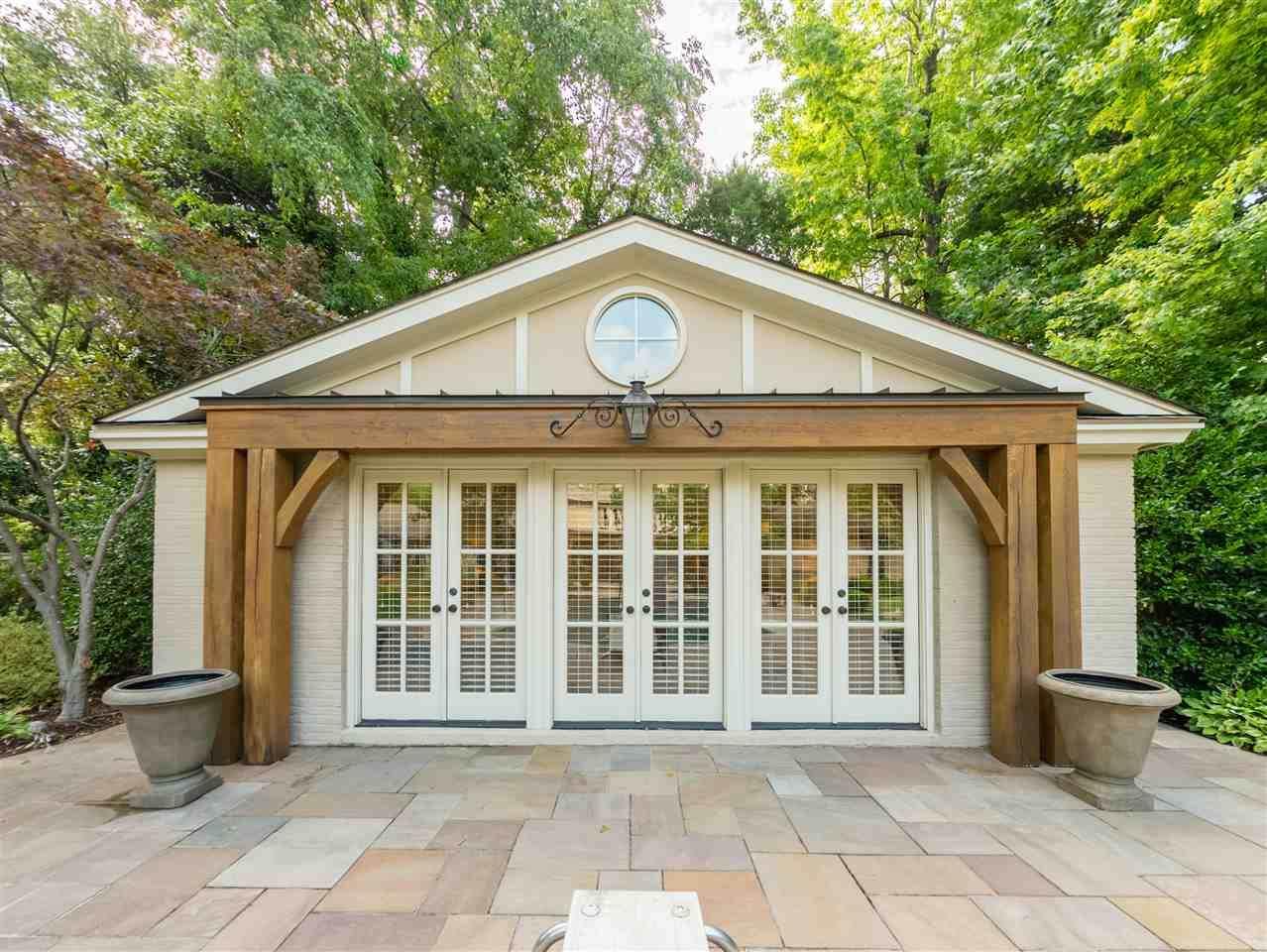415 Shady Grove Rd - Photo 1