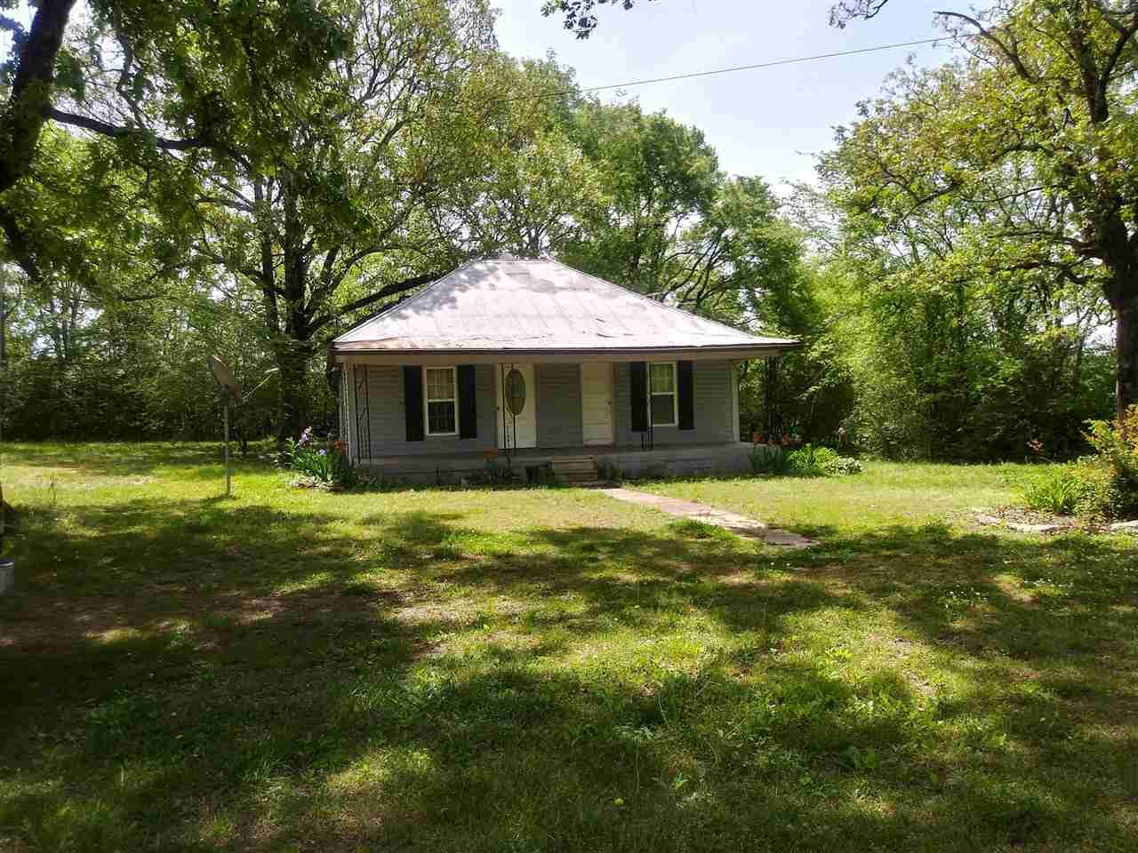 2132 Peace Chapel Rd - Photo 1