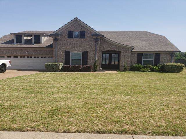 8440 Meadow Vale Dr, Unicorp/Memphis, TN 38125 (#10099432) :: All Stars Realty