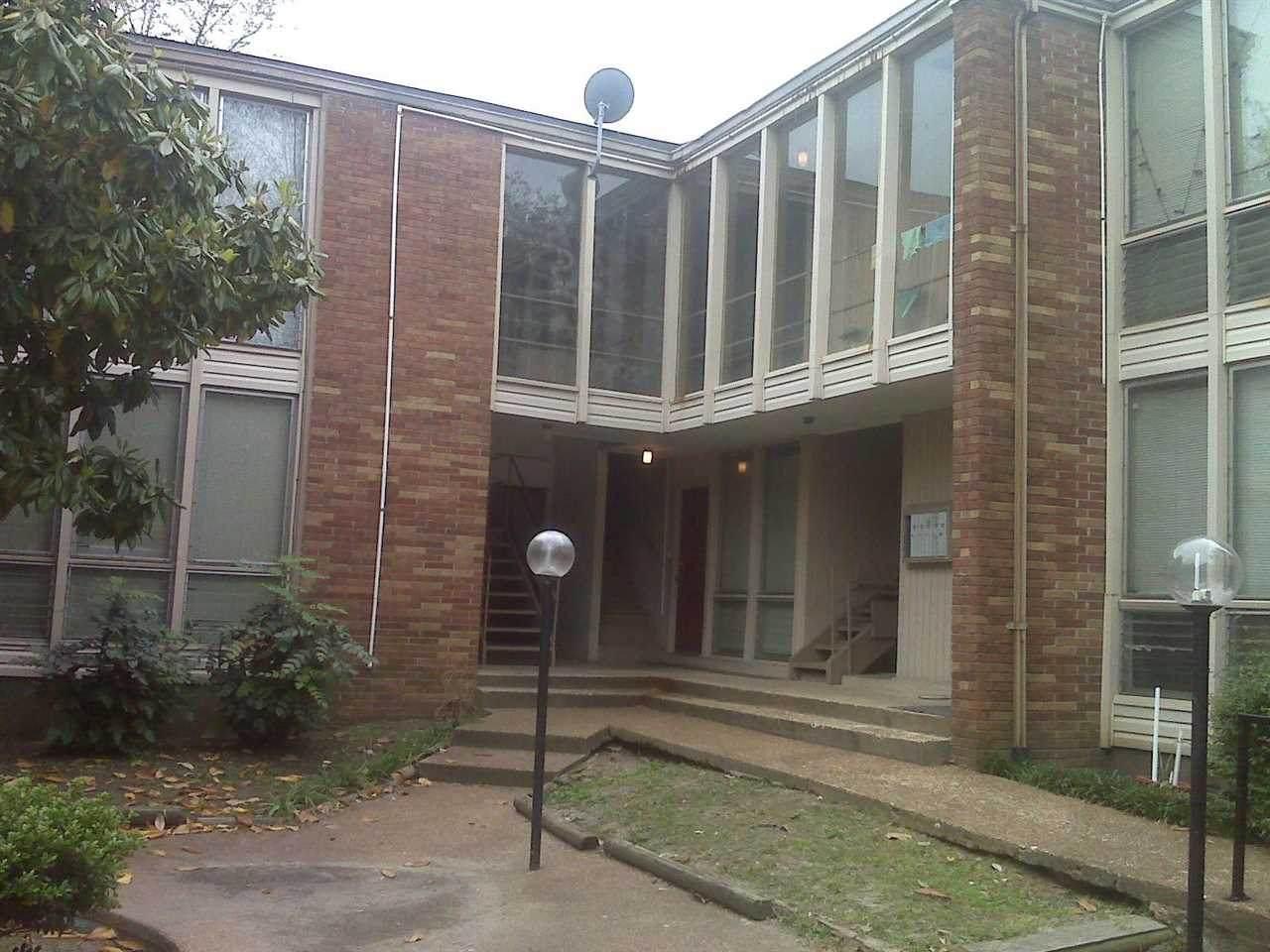 105 Belvedere Blvd - Photo 1