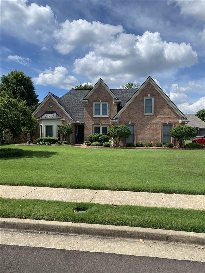 8935 Linell Ln - Photo 1