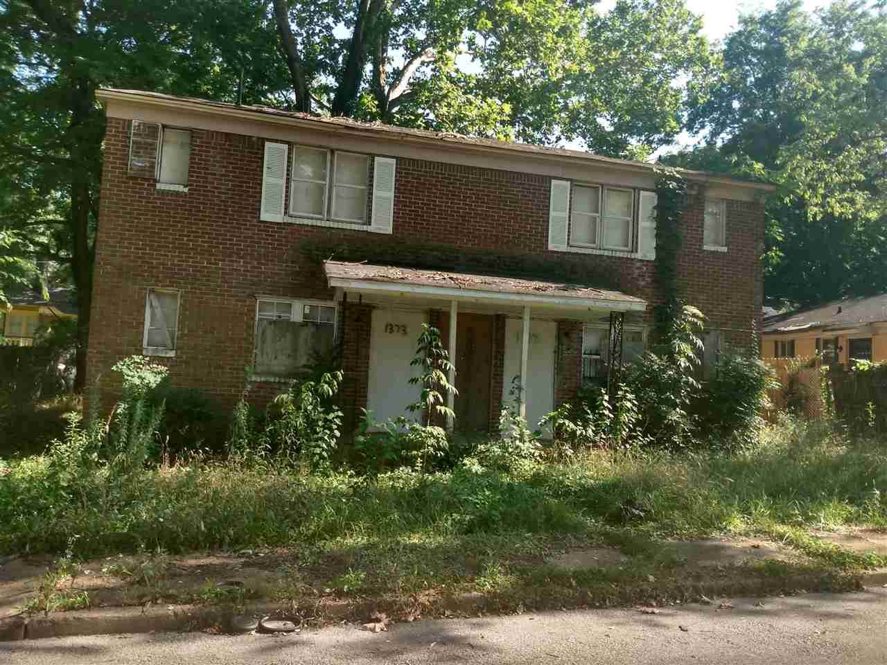 1373 Richmond St - Photo 1