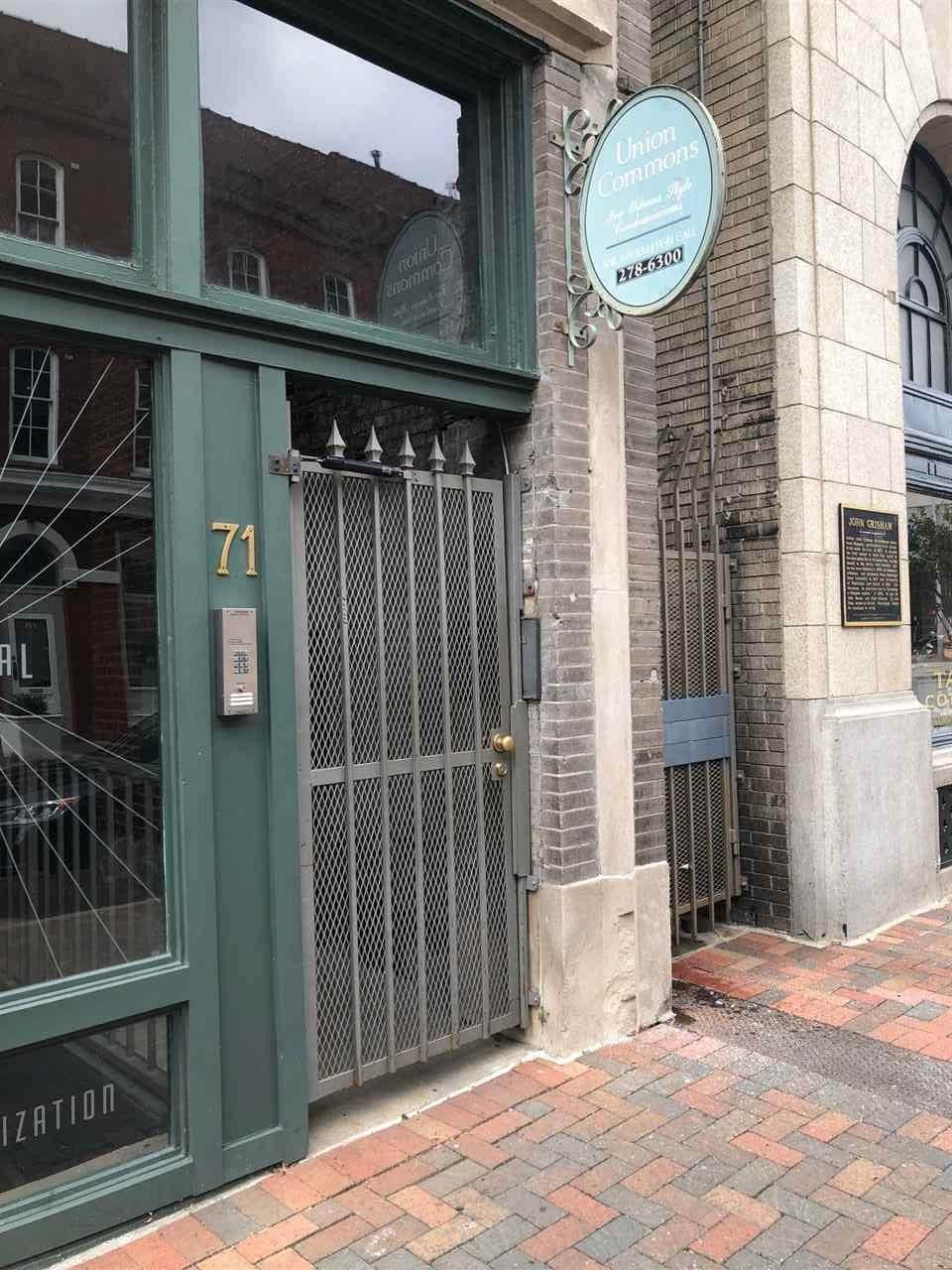 71 Union Ave - Photo 1