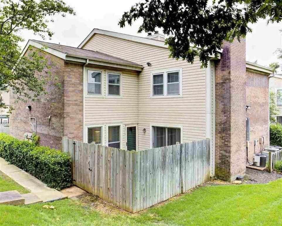 1717 Ridge Oak Place Pl - Photo 1