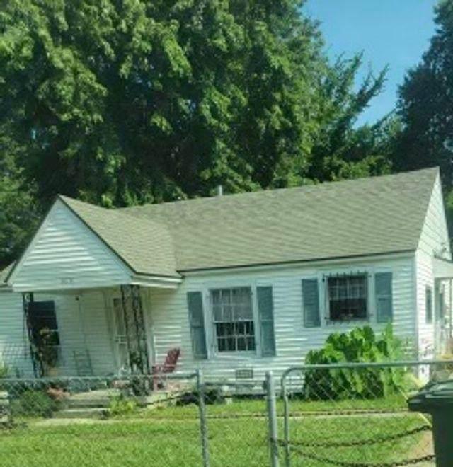 3078 Pershing Ave, Memphis, TN 38112 (#10105024) :: The Wallace Group at Keller Williams