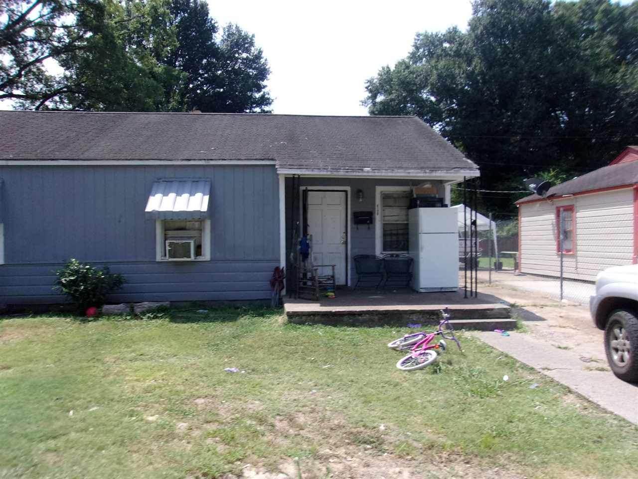4129 Ward Ave - Photo 1