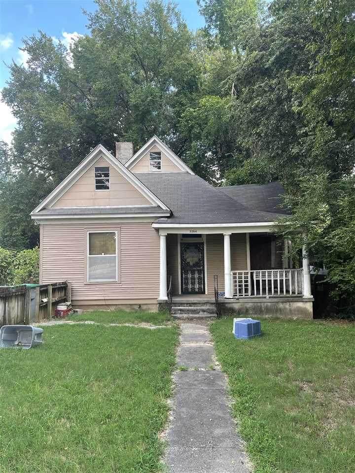 3394 Spottswood Ave - Photo 1