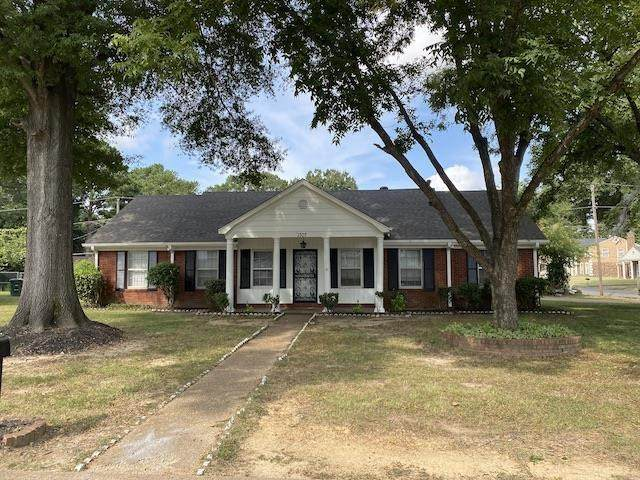 1307 Hickory Valley Cv, Memphis, TN 38116 (#10108588) :: Area C. Mays   KAIZEN Realty