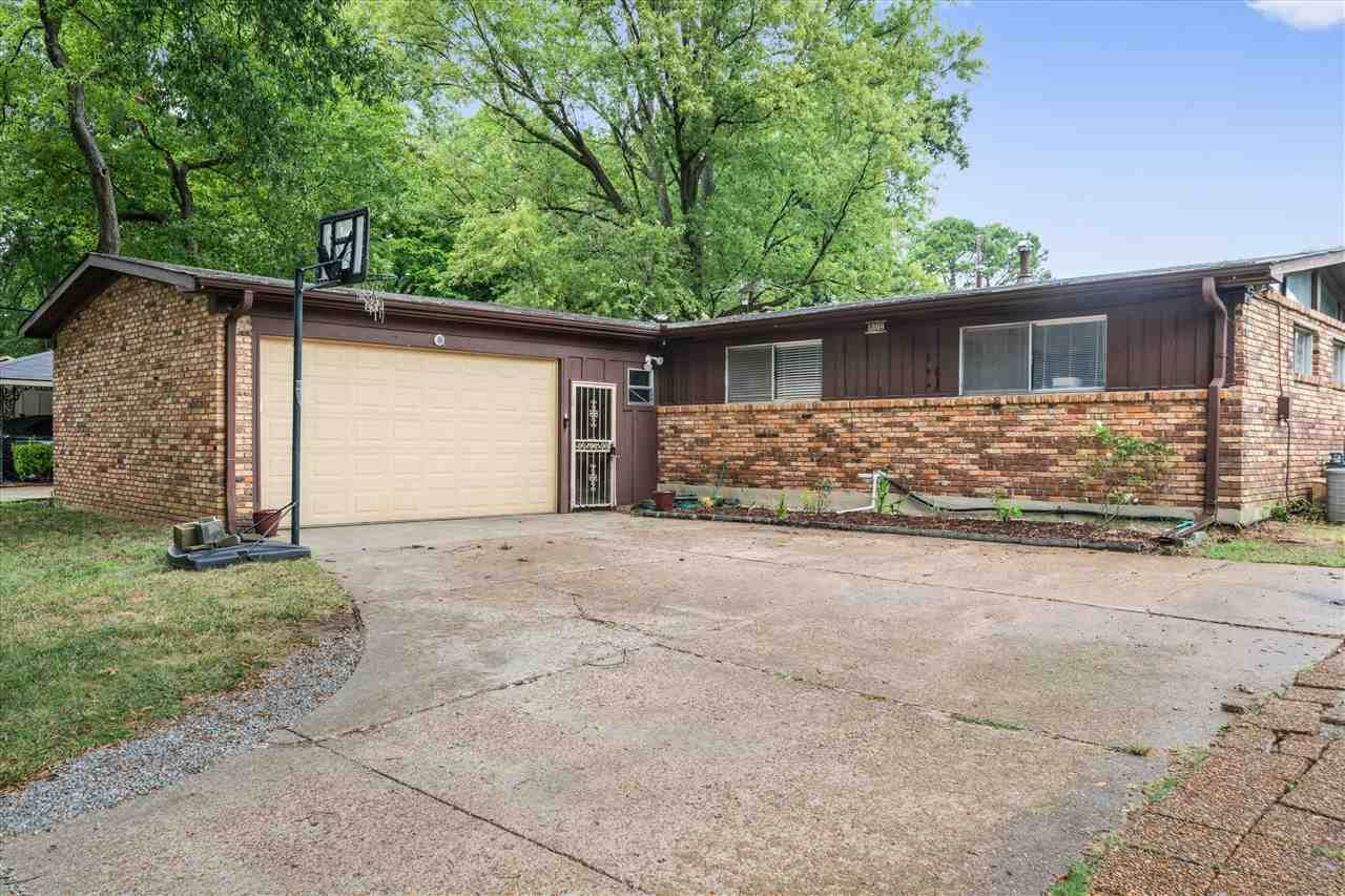 1284 Favell Dr - Photo 1