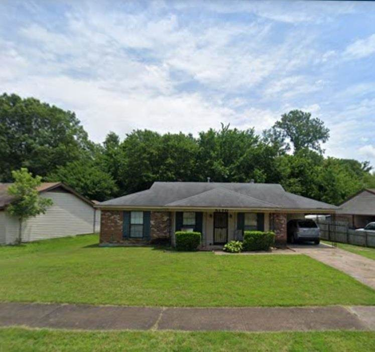 5170 Chantilly Dr - Photo 1
